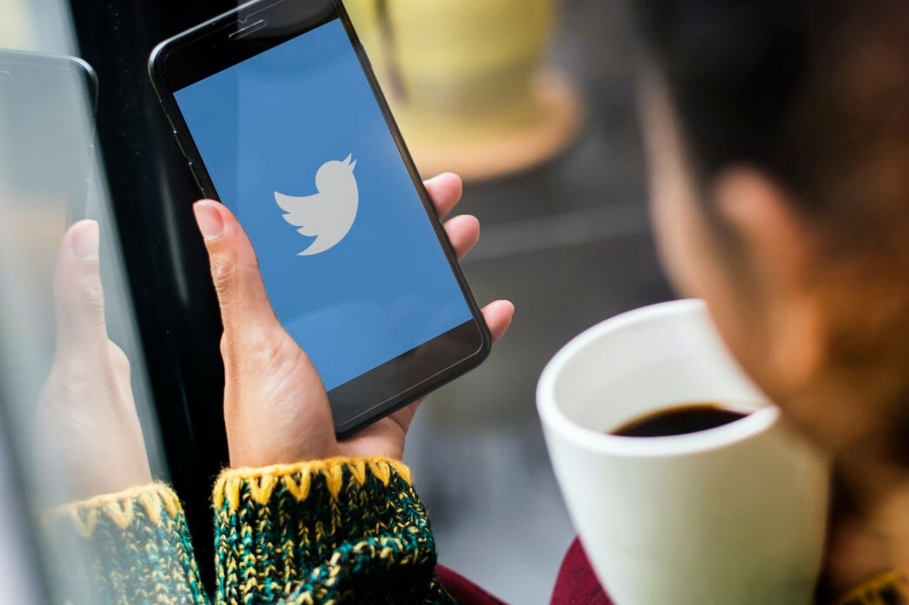 A 'Veil of Ignorance' Approach to Social Media Conduct